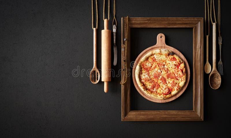 Καυτή φέτα πιτσών με το λειώνοντας τυρί με την έννοια πλαισίων κοντά επάνω στοκ φωτογραφίες με δικαίωμα ελεύθερης χρήσης
