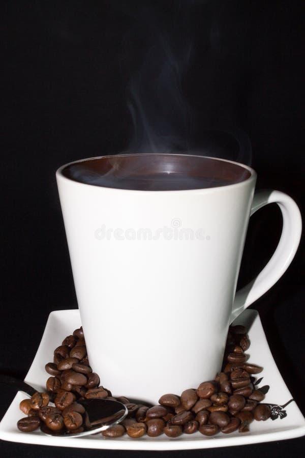 Καυτός αχνιστός καφές στοκ φωτογραφία με δικαίωμα ελεύθερης χρήσης