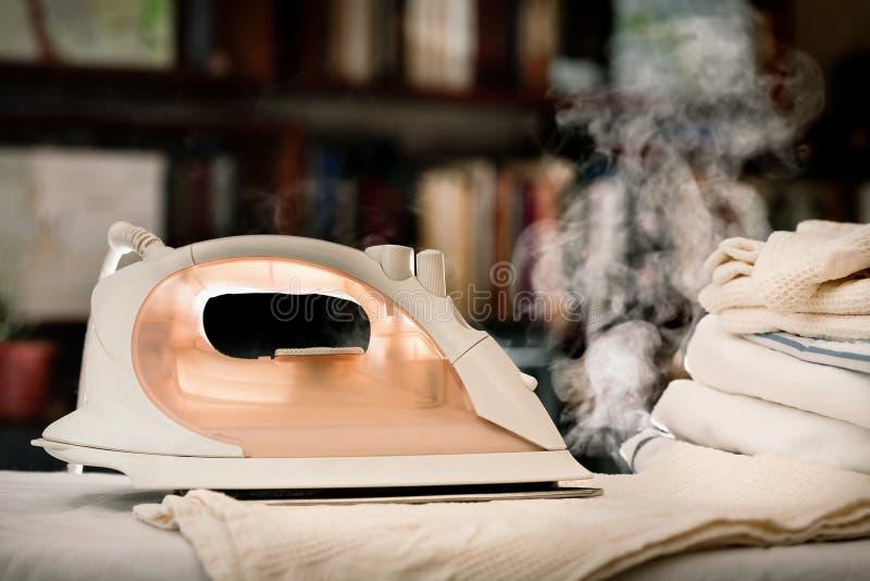 καυτός σίδηρος στοκ φωτογραφία με δικαίωμα ελεύθερης χρήσης