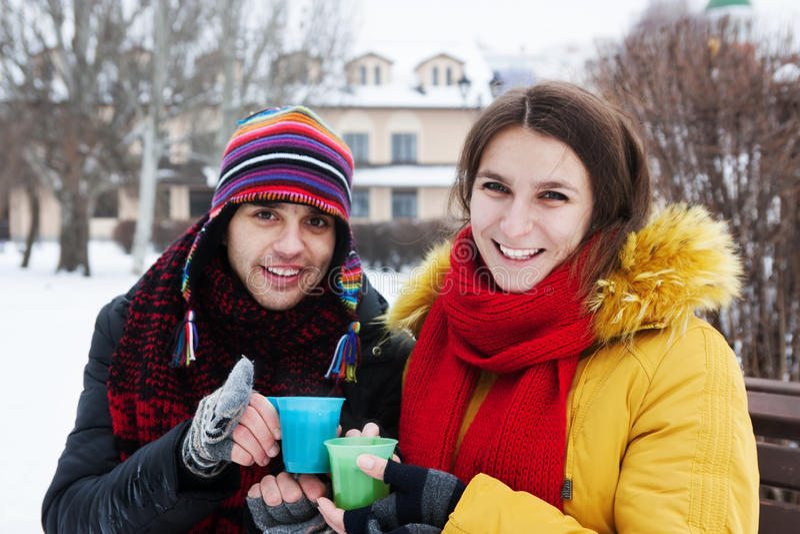 Καυτό τσάι το χειμώνα στοκ φωτογραφίες με δικαίωμα ελεύθερης χρήσης