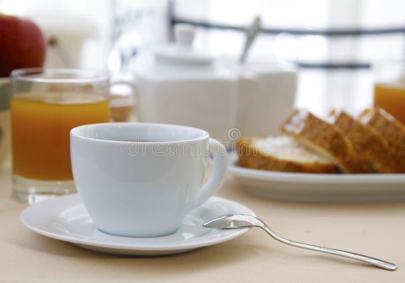 Καφές για να αρχίσει την ημέρα στοκ εικόνες