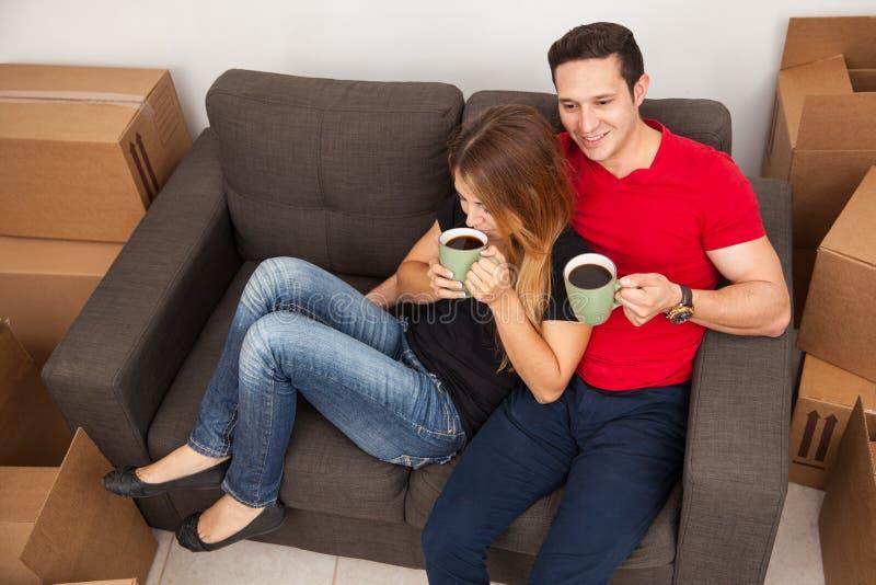 Καφές κίνησης και κατανάλωσης στοκ εικόνες