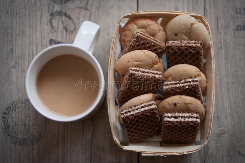 Καφές και βάφλες στοκ φωτογραφία με δικαίωμα ελεύθερης χρήσης
