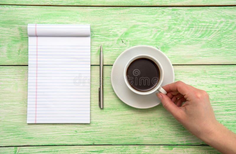 Καφές και σημειωματάριο στοκ εικόνα