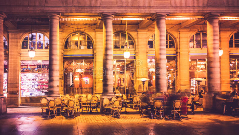 καφές Παρίσι στοκ φωτογραφίες