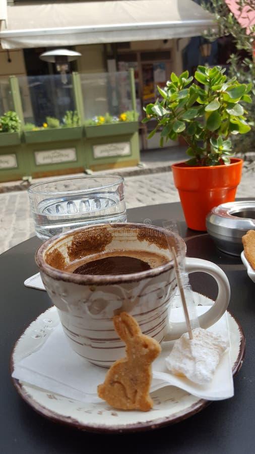 Καφές σε Πάσχα holydays στοκ εικόνες