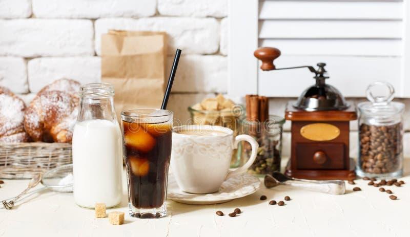 Καφές στη καφετερία στοκ φωτογραφία με δικαίωμα ελεύθερης χρήσης