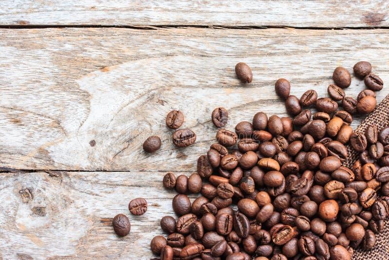 Καφές στο ξύλινο υπόβαθρο grunge στοκ φωτογραφίες με δικαίωμα ελεύθερης χρήσης