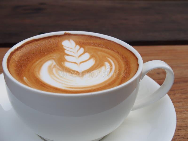 Καφές τέχνης Latte στοκ φωτογραφία με δικαίωμα ελεύθερης χρήσης