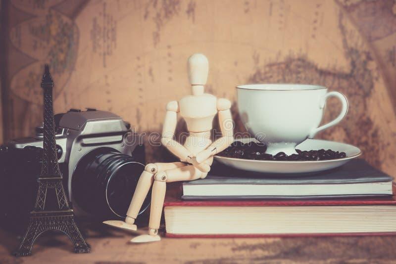 Καφές φλυτζανιών καμερών στοκ φωτογραφία με δικαίωμα ελεύθερης χρήσης