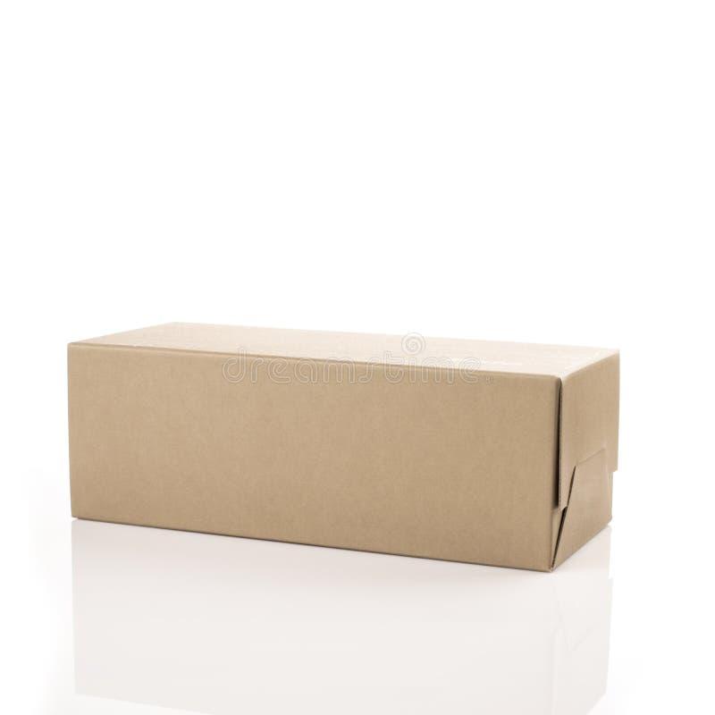 Καφετί κιβώτιο παπουτσιών απομονωμένο στο λευκό υπόβαθρο στοκ φωτογραφία με δικαίωμα ελεύθερης χρήσης