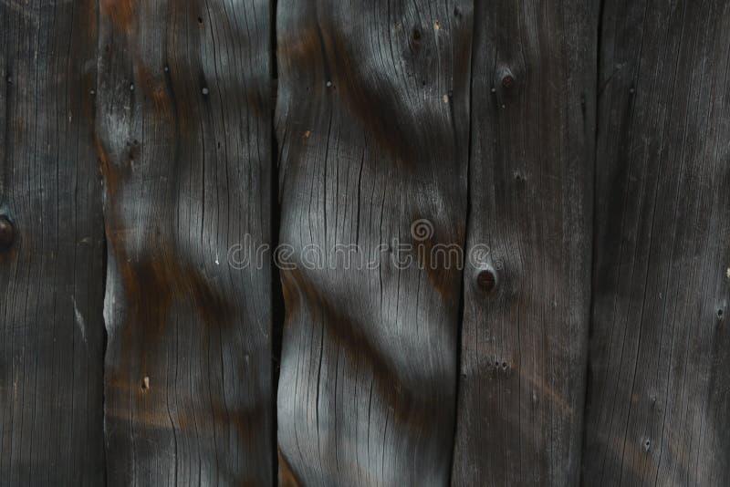 Καφετί υπόβαθρο με τους ξύλινους παλαιούς πίνακες, ελεύθερου χώρου για το κείμενο κάθετο δάσος σύστασης στοκ φωτογραφίες