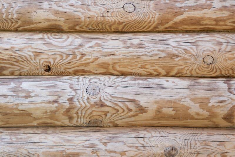 Καφετιά ξύλινη σύσταση από ολόκληρους τους κορμούς στοκ εικόνες