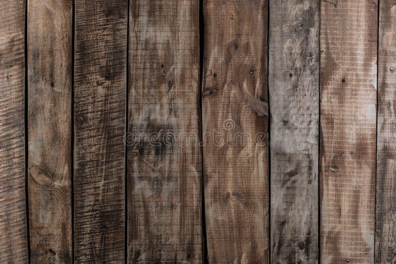 Καφετιά ξύλινη σύσταση σανίδων ξυλείας, βιομηχανικό υπόβαθρο τοίχων στοκ εικόνες