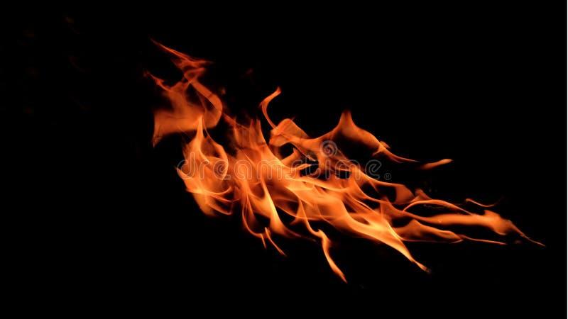 καλή κυριώτερη μαλακή κατακόρυφος φλογών πυρκαγιάς λεπτομέρειας ανασκόπησης μαύρη στοκ φωτογραφία