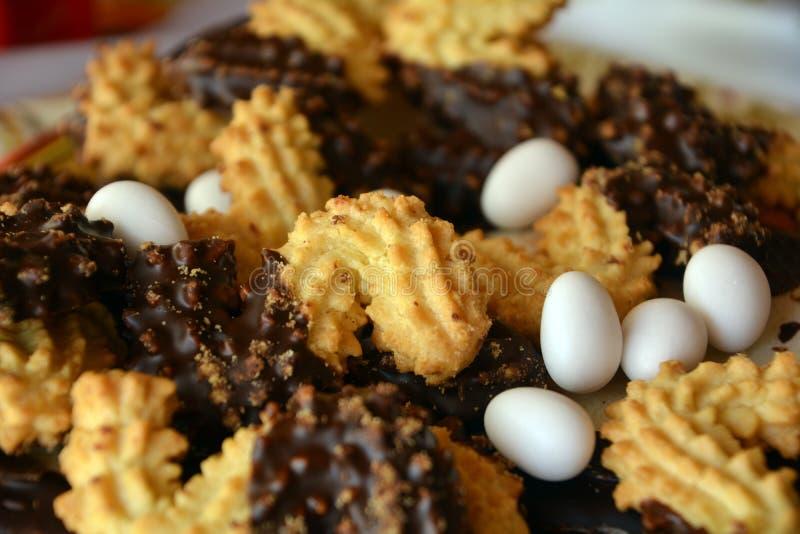 Download Καλή στενή επάνω εικόνα των μπισκότων Χριστουγέννων με τη σοκολάτα Στοκ Εικόνες - εικόνα από μπισκότα, επιδόρπιο: 62702048