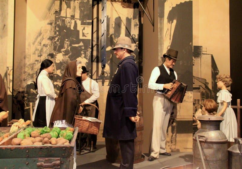 Καλλιτεχνική επίδειξη της ημέρας στην αγορά κατά τη διάρκεια των πρώτων μερών μουσείο της Αμερικής, το κράτος, Άλμπανυ, Νέα Υόρκη στοκ φωτογραφία με δικαίωμα ελεύθερης χρήσης