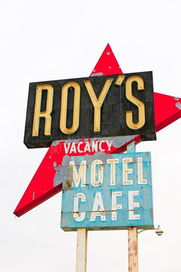 Καλιφόρνια, το σημάδι μοτέλ του Roy ` s στοκ φωτογραφία με δικαίωμα ελεύθερης χρήσης