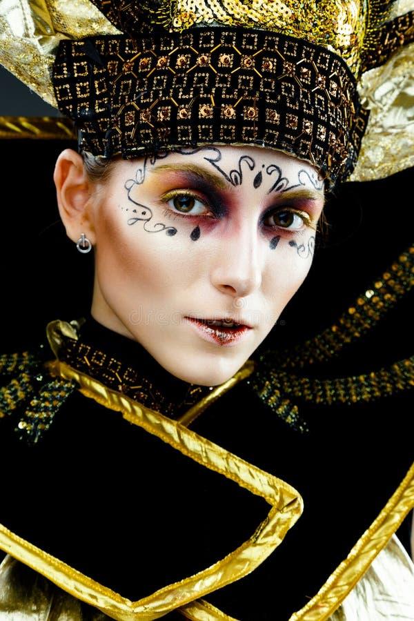 Καλυμμένη καρναβάλι γυναίκα στοκ φωτογραφία με δικαίωμα ελεύθερης χρήσης