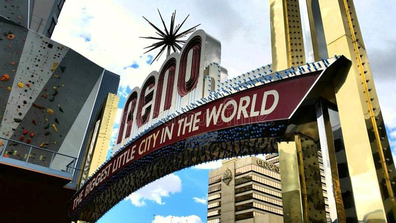 Καλωσορίστε σε Reno: Η μεγαλύτερη μικρή πόλη στον κόσμο στοκ φωτογραφία με δικαίωμα ελεύθερης χρήσης