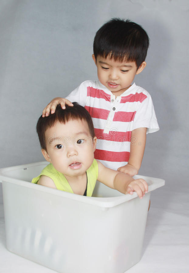 Καλό ασιατικό αγόρι στοκ φωτογραφίες