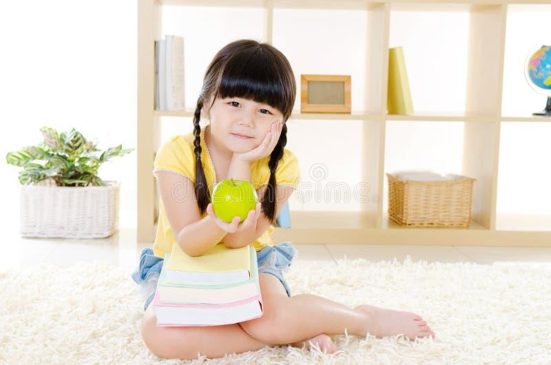 Καλό ασιατικό κορίτσι στοκ εικόνες