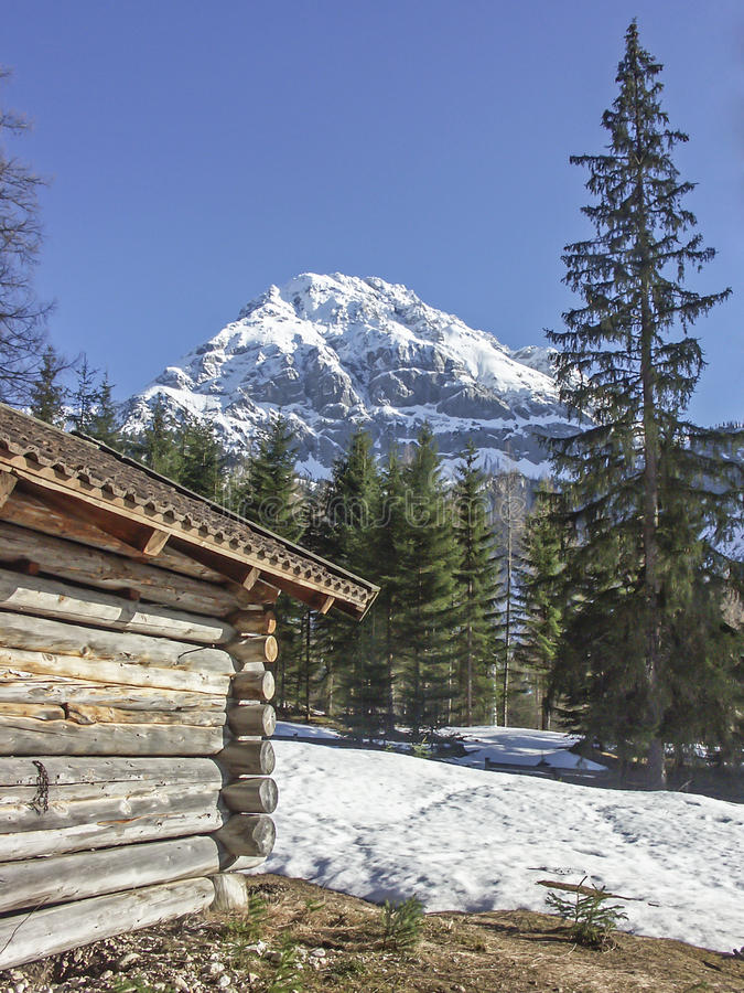 Καλύβα σανού στα βουνά Mieming στοκ φωτογραφίες με δικαίωμα ελεύθερης χρήσης
