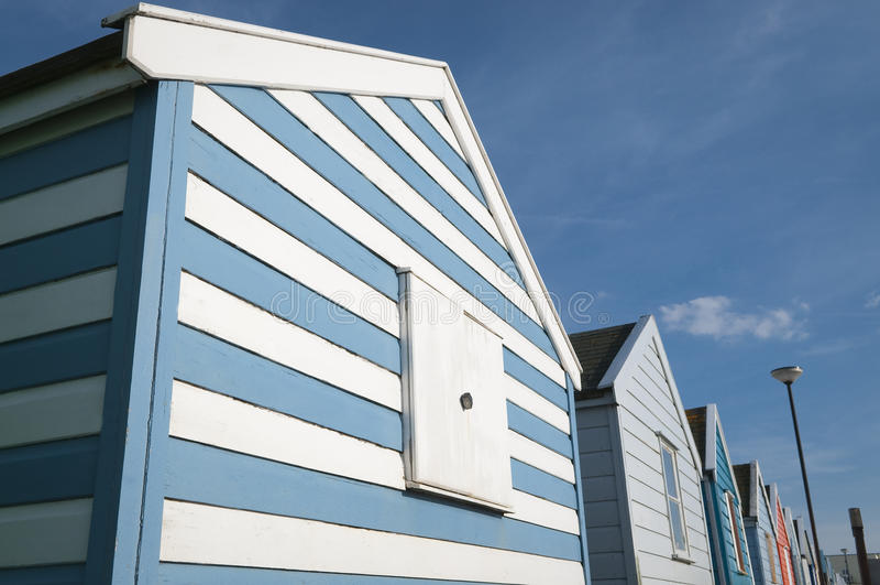 Καλύβες παραλιών στην αποβάθρα στο Σάφολκ UK Southwold στοκ εικόνα με δικαίωμα ελεύθερης χρήσης