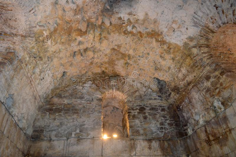 Κελάρια του παλατιού Diocletian στη διάσπαση στις 15 Ιουνίου 2019 Μερικά episods του παιχνιδιού των θρόνων το θόριο στοκ φωτογραφία