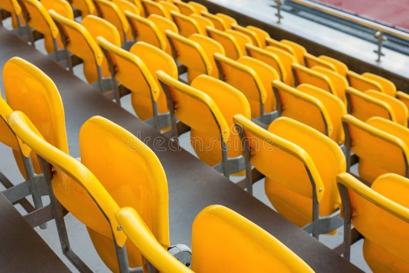 Κενές σειρές κίτρινου στοκ φωτογραφία με δικαίωμα ελεύθερης χρήσης