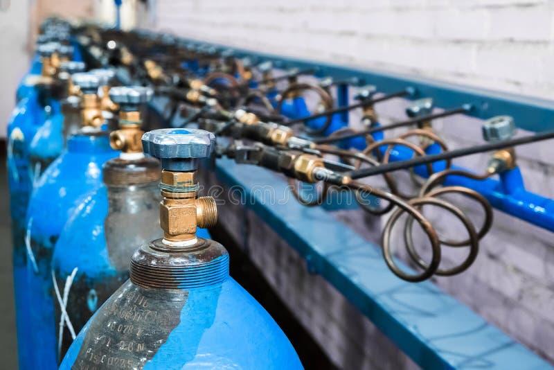 Κενές φιάλες Εξοπλισμός εργαστηριακής ανάλυσης Χημικό εργαστήριο, δοκιμή-σωλήνες γυαλικών στοκ φωτογραφίες με δικαίωμα ελεύθερης χρήσης