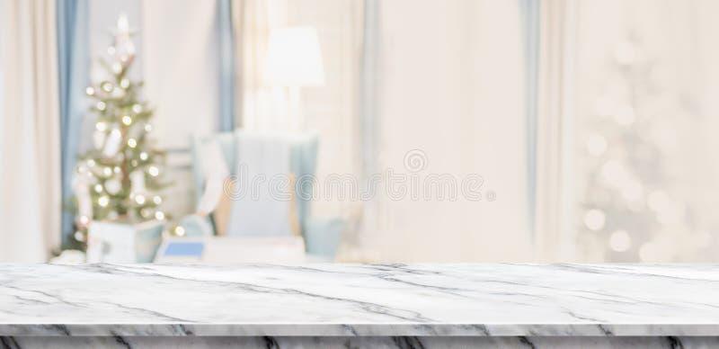 Κενή άσπρη μαρμάρινη επιτραπέζια κορυφή με το αφηρημένο θερμό deco καθιστικών στοκ εικόνα