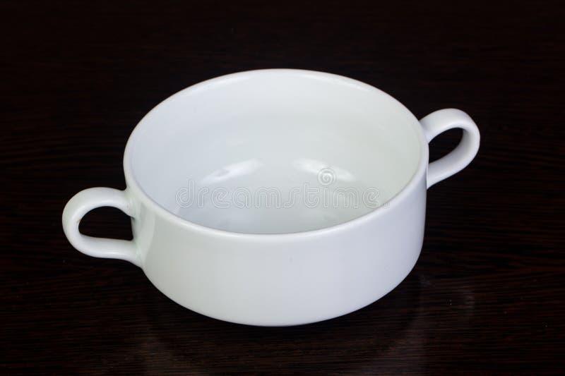 Κενή άσπρη σουπιέρα στοκ φωτογραφία με δικαίωμα ελεύθερης χρήσης