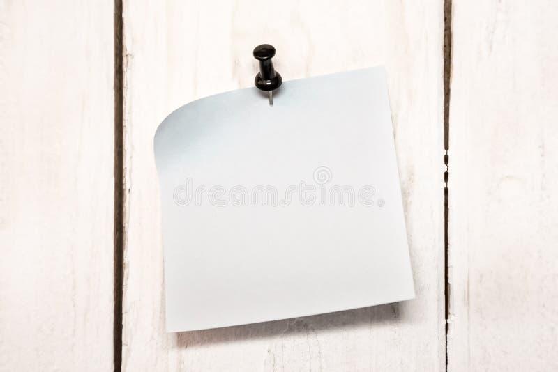 κενή καρφίτσα εγγράφου σ&et στοκ φωτογραφίες με δικαίωμα ελεύθερης χρήσης