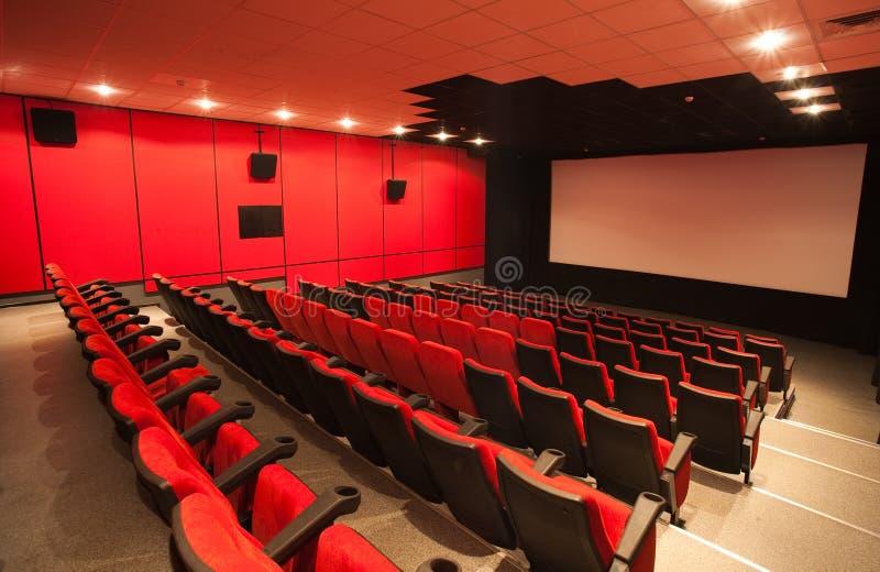 Κενή κινηματογραφική αίθουσα στοκ εικόνα με δικαίωμα ελεύθερης χρήσης