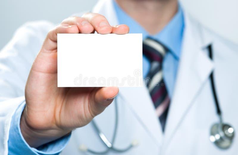 κενή dof γιατρών επαγγελματικών καρτών εκμετάλλευση ρηχή στοκ φωτογραφίες με δικαίωμα ελεύθερης χρήσης