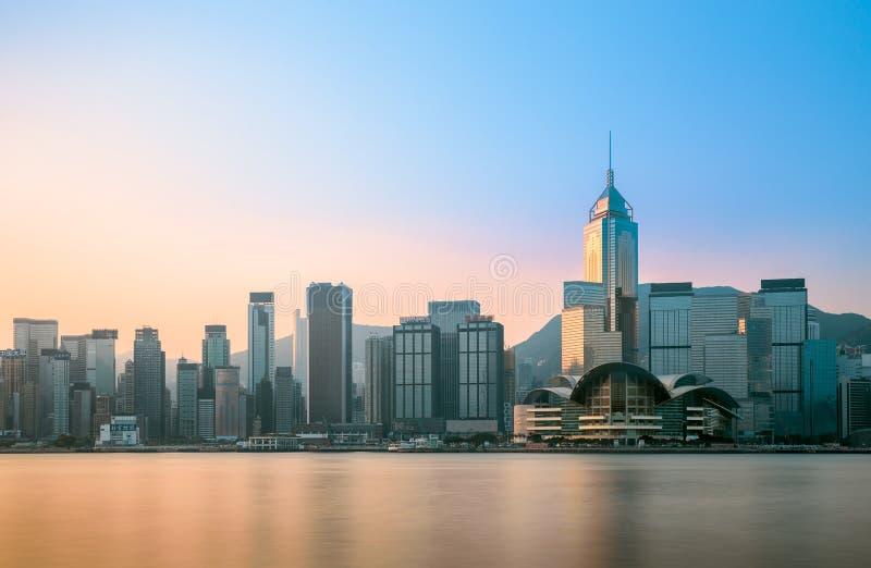 Κεντρική περιοχή του Χονγκ Κονγκ που κοιτάζει από τη αντίθετη πλευρά του λιμανιού Βικτώριας στοκ φωτογραφίες