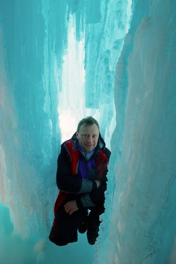 κεντρικός αγωγός πάγου grotto στοκ εικόνα