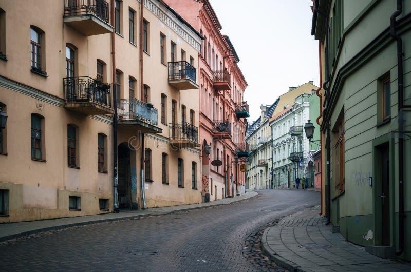 Κεντρικός δρόμος σε Uzupio σε Vilnius, Λιθουανία στοκ φωτογραφίες με δικαίωμα ελεύθερης χρήσης