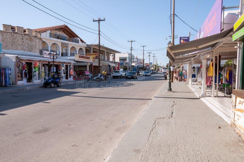 Κεντρικός δρόμος της πόλης Lagas στη Ζάκυνθο, Ελλάδα στοκ φωτογραφία με δικαίωμα ελεύθερης χρήσης
