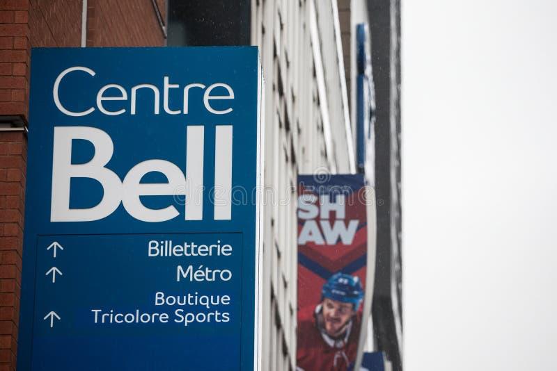 Κεντρικό λογότυπο κουδουνιών, γνωστό ως Centre Bell, μπροστά από το κεντρικό κτίριο τους Είναι αθλητισμός και entertainent κέντρο στοκ εικόνα
