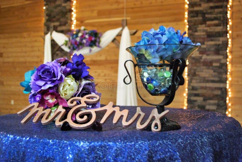 Κεντρικό τεμάχιο στο γάμο ή το επίσημο γεγονός στοκ εικόνες