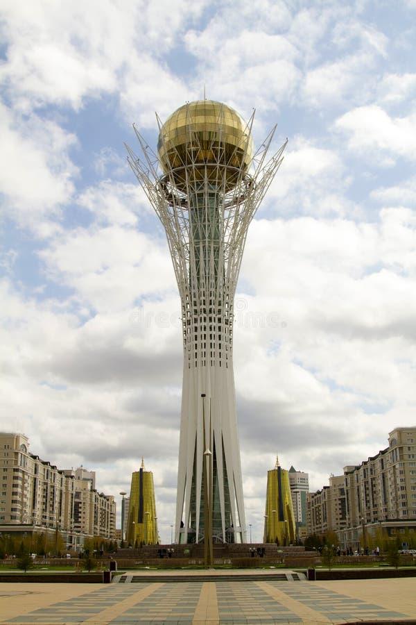 Κεντρικό τετράγωνο στην πόλη Astana - πρωτεύουσα του Καζακστάν στοκ φωτογραφία