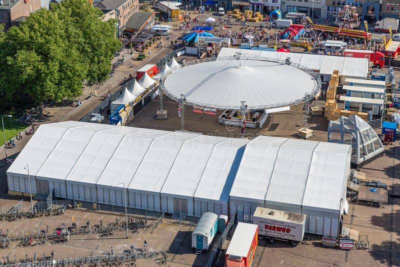 Κεντρικό plaza Emmeloord με το γεωργικό φεστιβάλ πατατών, οι Κάτω Χώρες στοκ εικόνα με δικαίωμα ελεύθερης χρήσης