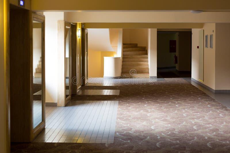 Κενός διάδρομος ενός τουρκικού ξενοδοχείου στοκ φωτογραφίες