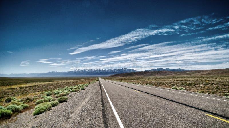 Κενός δρόμος της Νεβάδας στοκ φωτογραφία με δικαίωμα ελεύθερης χρήσης