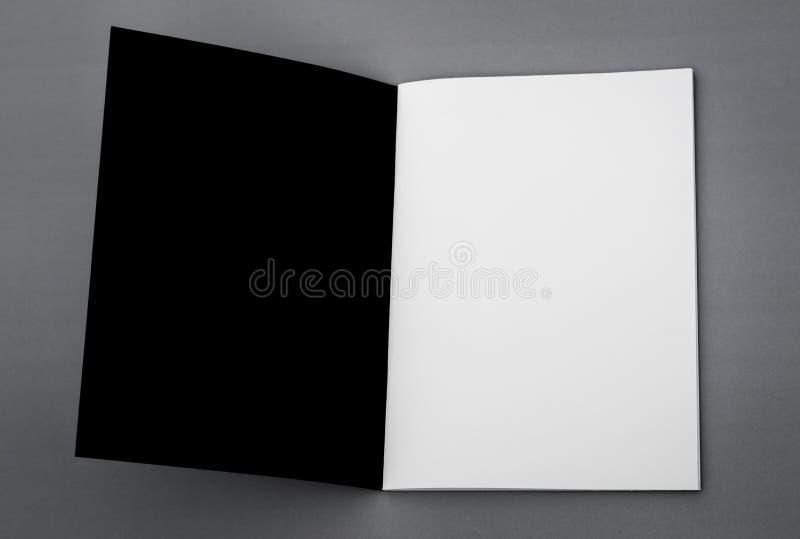 Κενός κατάλογος, φυλλάδιο, περιοδικά στοκ φωτογραφία