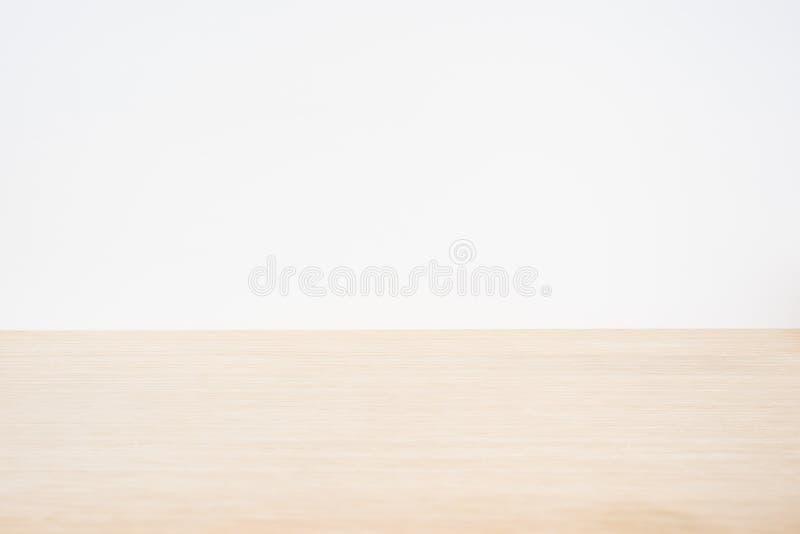 Κενός ξύλινος επιτραπέζιος κενός ξύλινος πίνακας για το πρότυπο στοκ εικόνα με δικαίωμα ελεύθερης χρήσης