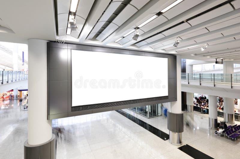 Κενός πίνακας διαφημίσεων εσωτερικός στοκ φωτογραφία