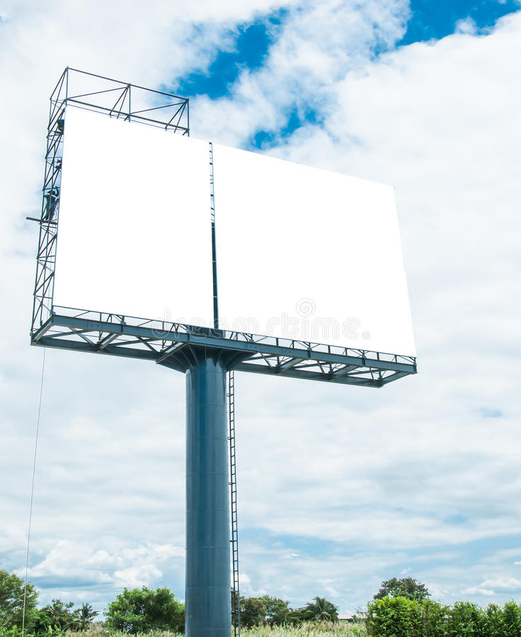 Κενός πίνακας διαφημίσεων έτοιμος για τη νέα διαφήμιση στοκ εικόνα